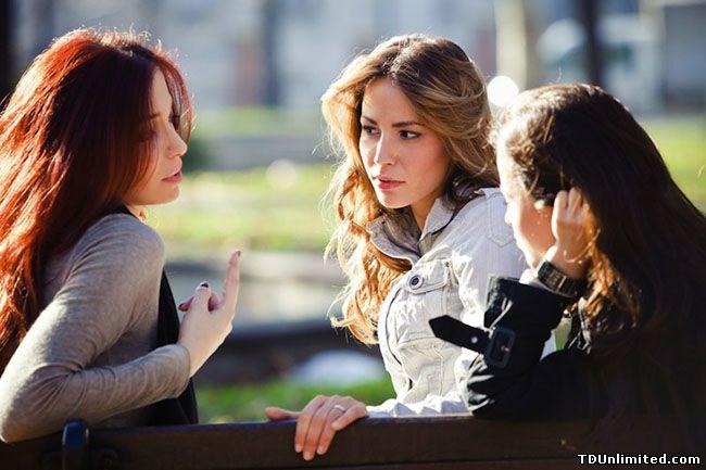 в каких случаях любовнице запрещатся общаться с подругами